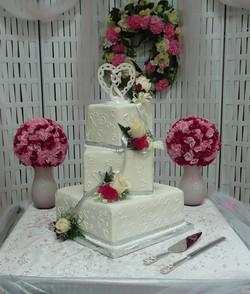 Box Cake Wedding