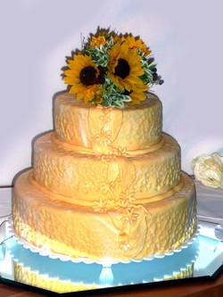 Golden traditional floral topper