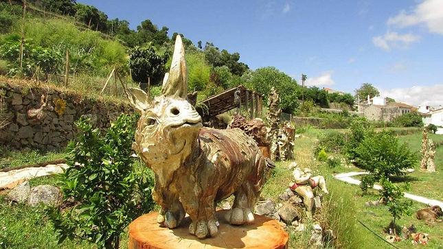 ceramic rhino studio bongard.monchique.j