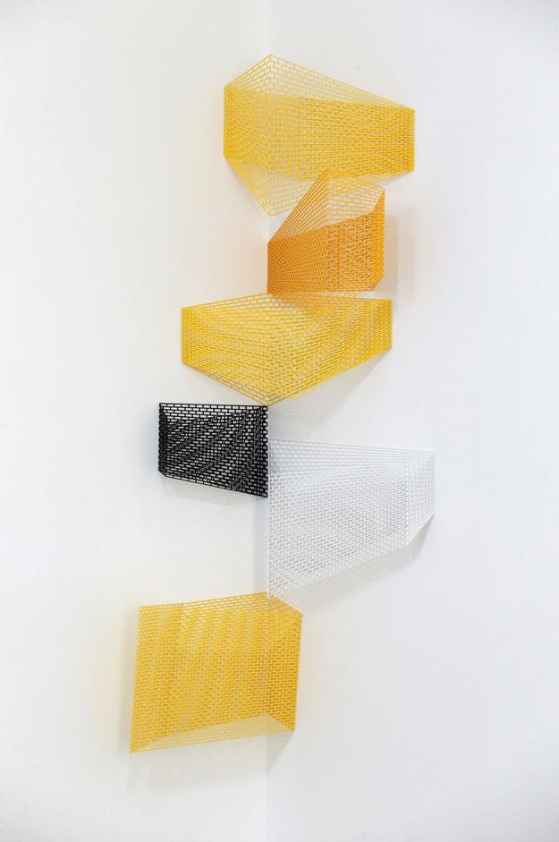 서혜영, ectype 4, 5, Stainless steel, polyurethane resin varnish, 각각 554×872×237mm, 747×784×528mm, 2017