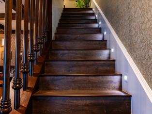 19.STAIRCASE AREA.jpg