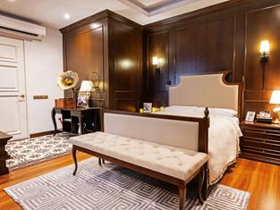 33.MASTER BEDROOM.jpg