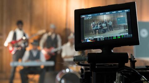 Rentrée Canal Plus-©2425 Production-Jui