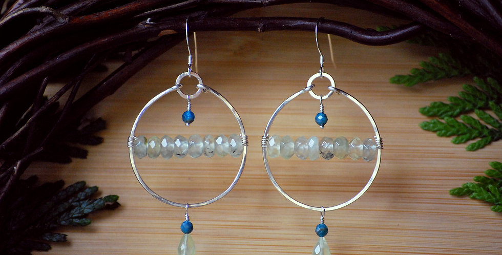 Hammered hoops with Prehnite and Apatite