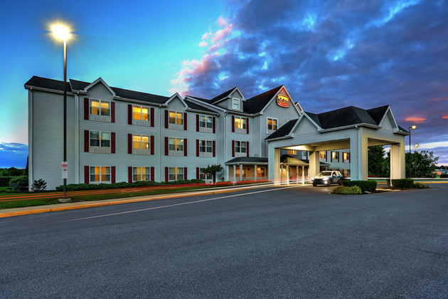 Lancaster Inn & Suites Project