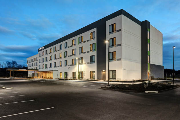 Hotel photos for Courtyard by Marriott
