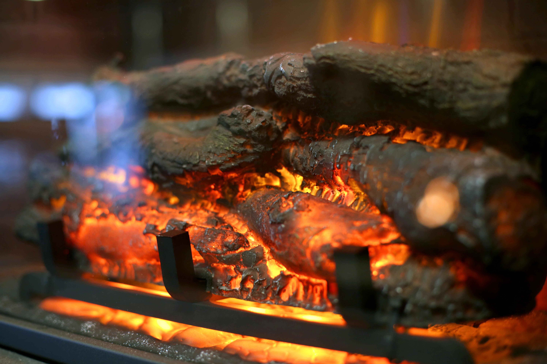 Firestarter's Custom Fireplaces