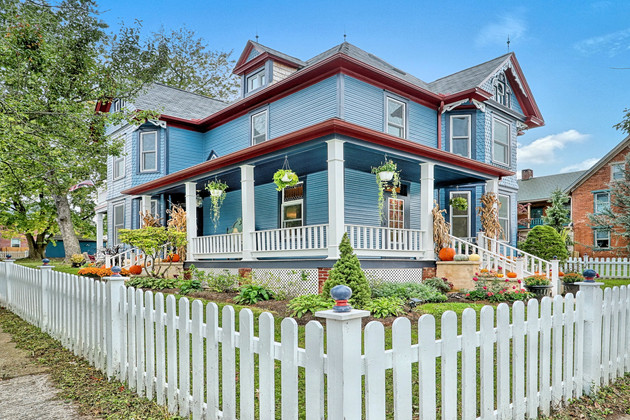 Real Estate Photos for this beautiful Victorian Home