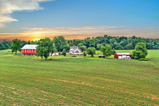 Farm Listing in Littlestown, PA