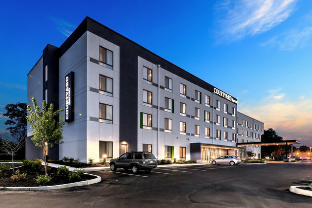Courtyard by Marriott Photography