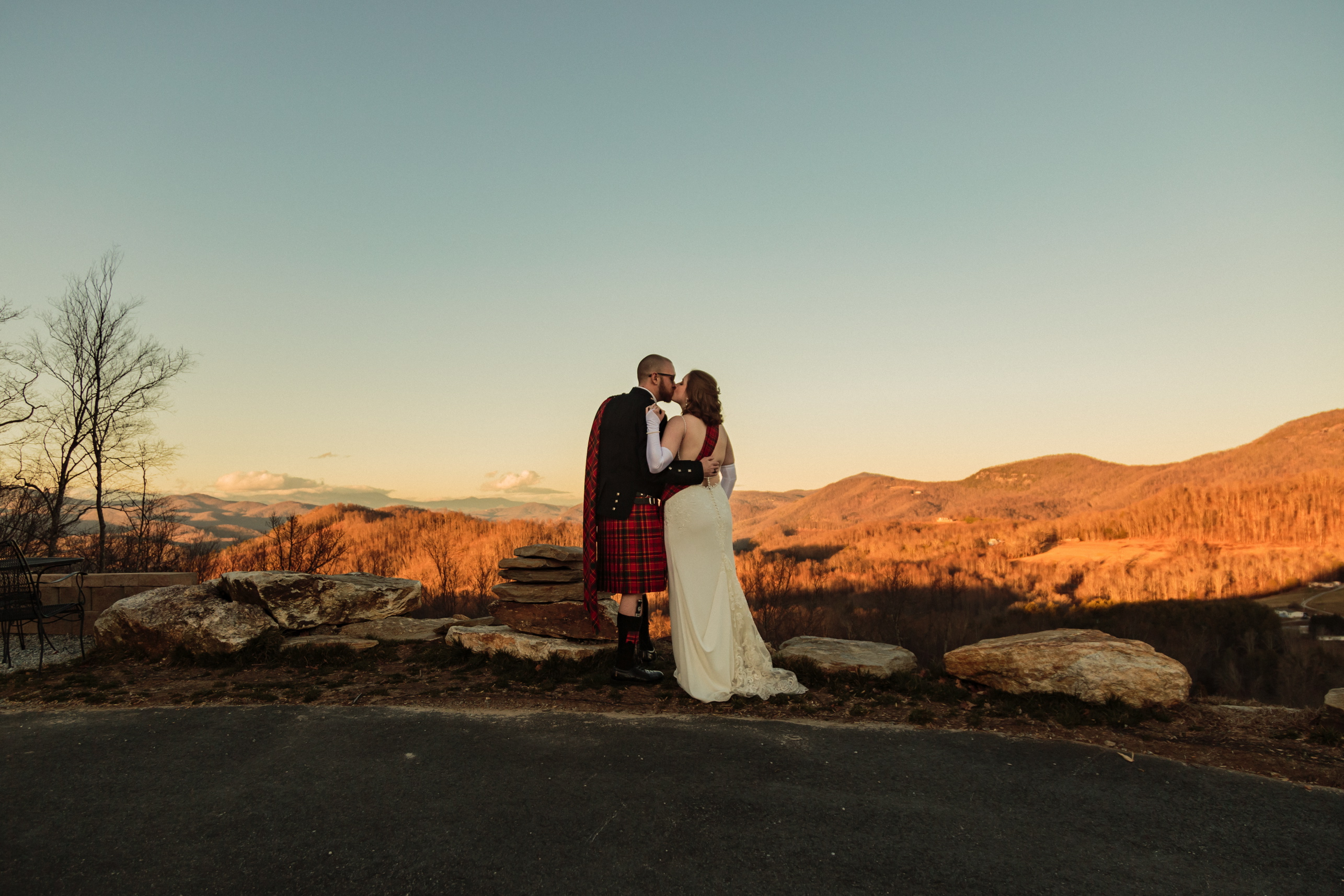 Bride & Groom with mountain views