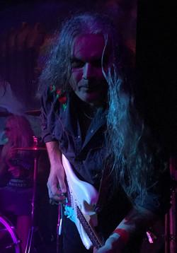 Barry Sharples | Lead Guitar