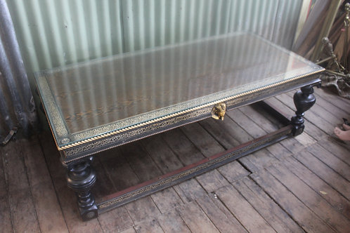 A Large 157cm Egyptian Glass Top Coffee Table *FREE DELIVERY *T&C's Apply