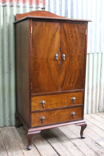 An Antique Flame Mahogany Cocktail Drinks Cabinet - Linen Press - Cupboard