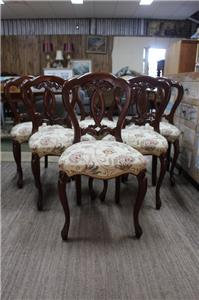 A Set of 6 Vintage Cedar Victorian Style Dining Chairs with French Legs