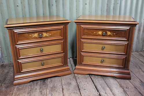 A Pair of Vintage Walnut Bedside Cabinets with Decorative Inlay - Bedsides