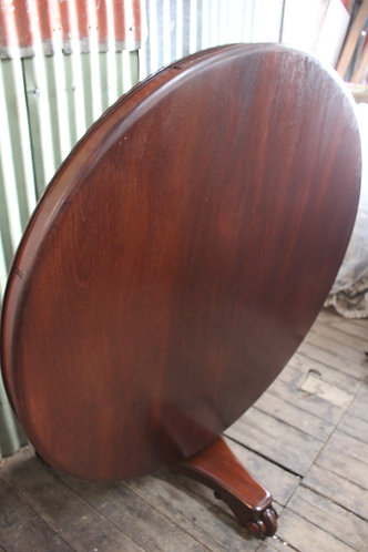 A Victorian Cedar Tilt Top Table 1.28m Diam