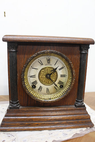 An American Mantle Sessions Clock in Oak Case with 12 Month Warranty*