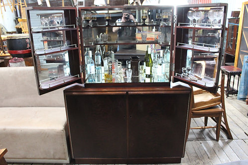 An Art Deco Mahogany Mirrored & Fitted Cocktail Drinks Bar Cabinet