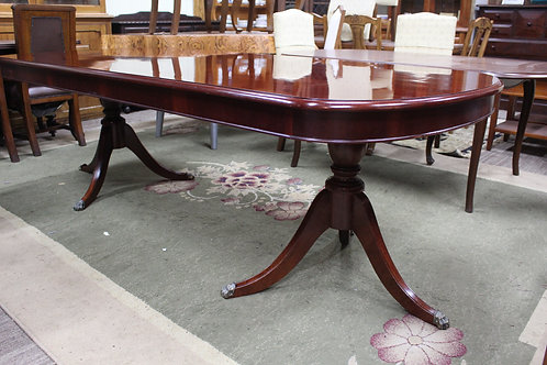 A Vintage Regency Style Mahogany Dining Table 2.46 m