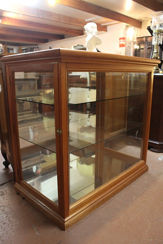 A Solid Oak Mirrored Showcase Display Cabinet