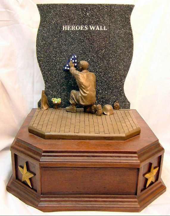 Hero's Wall Urn