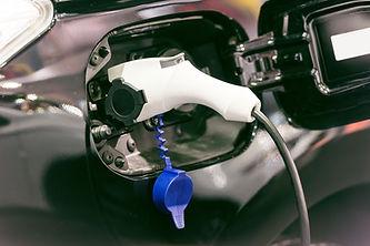 Elektro-Auto Aufladen der Batterie
