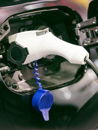 Hole Maskiner vel miljøvenlege arbeidsbilar
