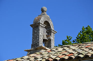 le clocher de la chapelle de l'Ortiguière à Revest du Bion