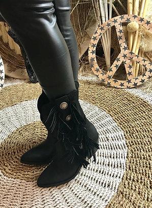 Bull boots