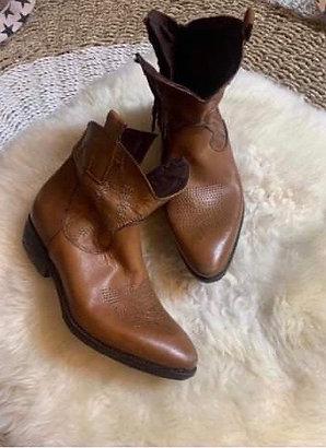 Boots SC