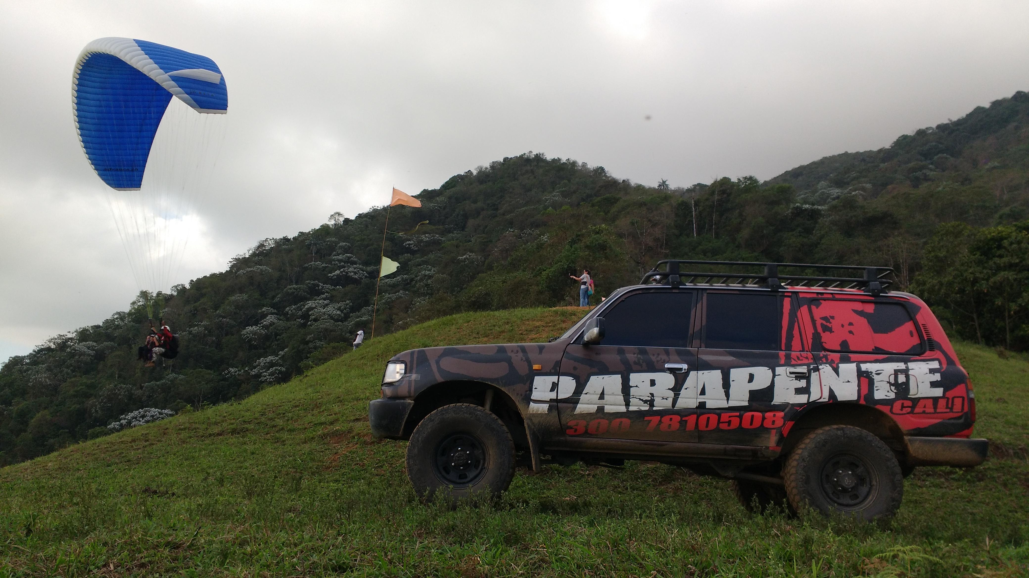 #Yovueloconparapentecali