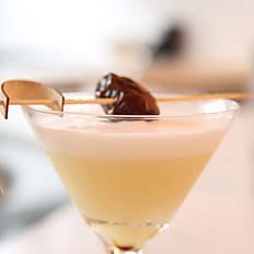 Hollywood Date Martini