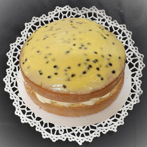 Passion-Fruit Cream Sponge