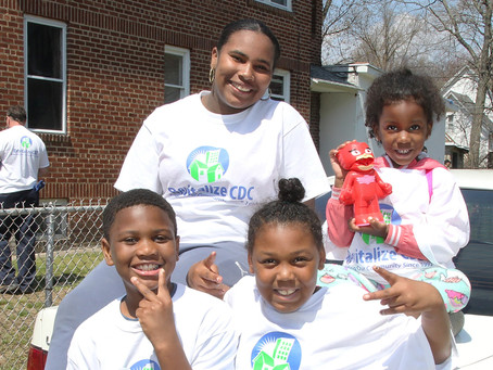 Volunteers from local organizations lend a hand for 4th Annual #GreenNFit Holyoke