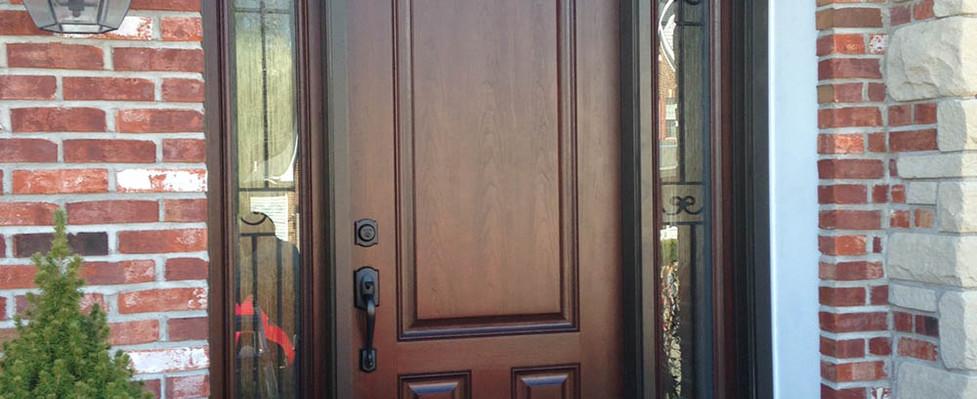the-warrant-on-an-entry-door.jpg