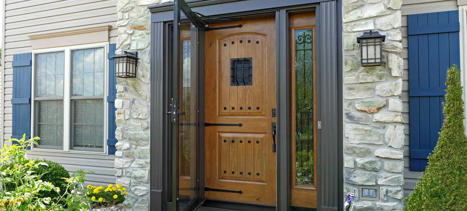 Signet-speakeasy-with-storm-door.jpg