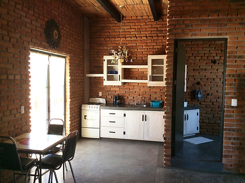 ApartmentRentalHR.JPG