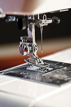 Detail-needle-sewing-machine-parts-presser-foot.jpg