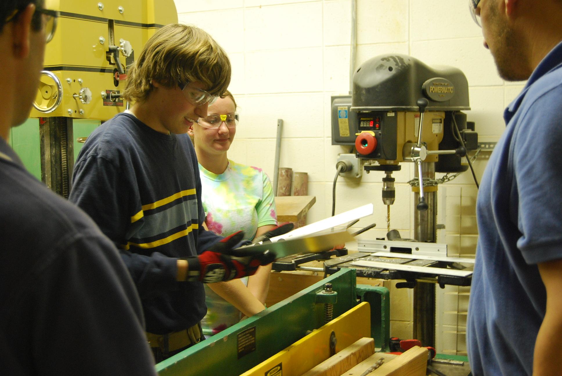 Fabricating robot parts