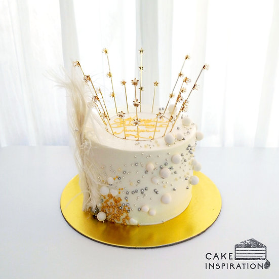 Princess Crown Feather Topper Cake ( no.61 )
