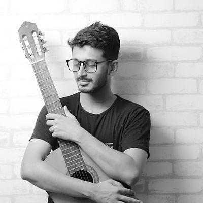 Soor with guitar.jpg