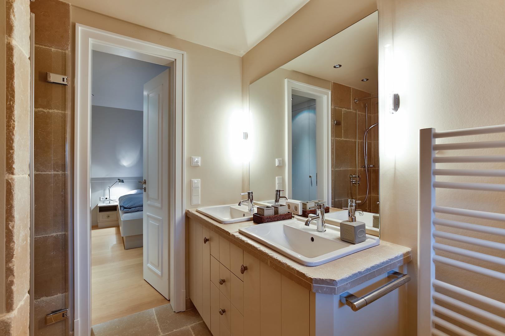 Blick aus dem Bad en Suite