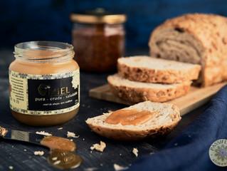 Miel cristalizada, un placer para todos los sentidos.
