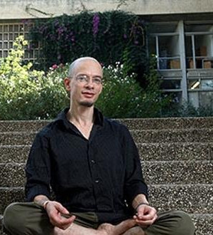 Dr. Daniel Mishori