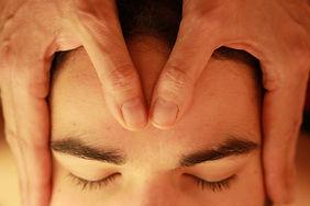 Le toucher thérapeutique et Massages