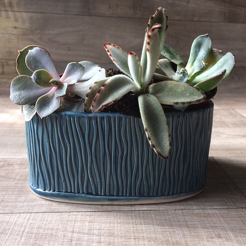Oval Ripple Planter Vase 1