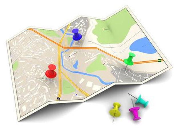 46636002-カラフルなピンで市内地図の-3-d-イラストレーション.jpg