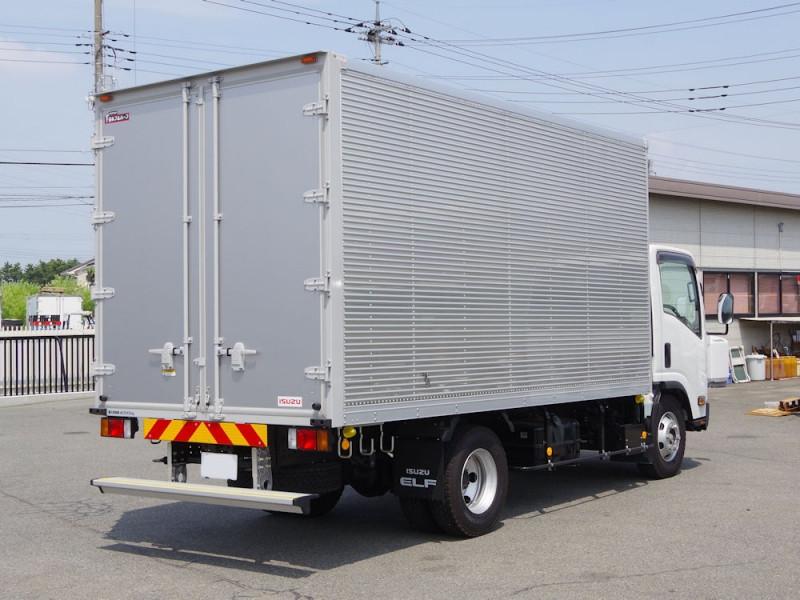 大阪運送 2トントラック