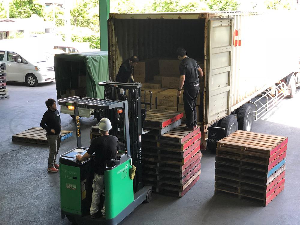 アシストラインへの倉庫搬入-搬出作業